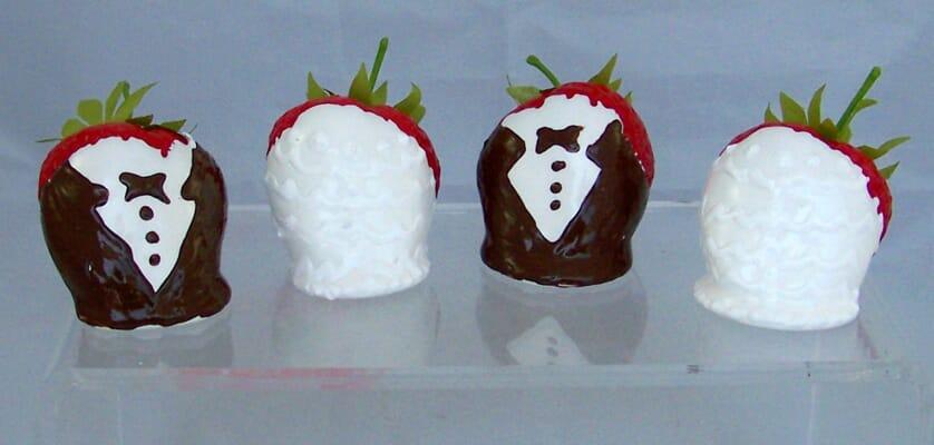 Bride & Groom Dipped Strawberries